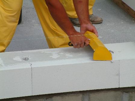 Укладка блока на клей для газосиликата ВосЦем